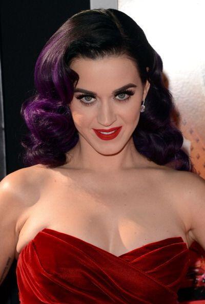 Con esos atributos con los que ha aprendido a vivir Katy Perry, la verda...