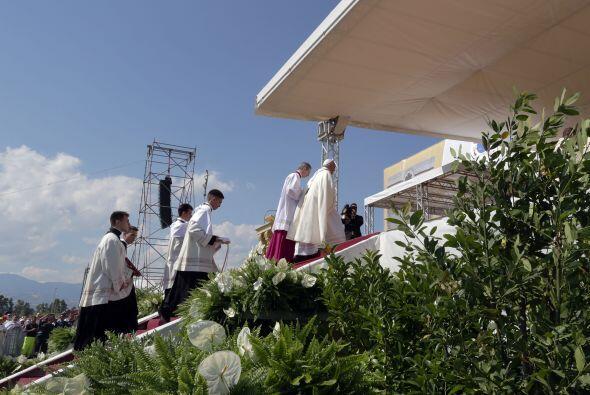 Allí el pasado marzo murió asesinado el sacerdote Lazzaro Longobardi tra...