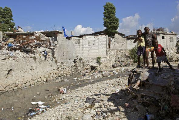 El gobierno y las organizaciones internacionales de asistencia aseguran...