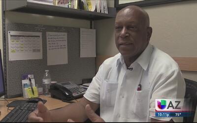 Cubanos en Phoenix reaccionan a visita de Obama a Cuba