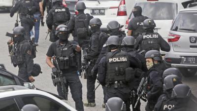 Policía en Indonesia