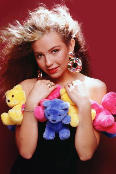 Años después con su carrera como solista, la intérprete de 'Amor a la Me...