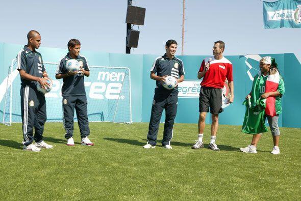 Félix Fernández estuvo en Dallas con jugadores del Tri y leyendas del pa...