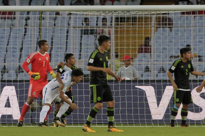 Lucha sin éxito: México perdió contra Inglaterra en su segundo partido d...