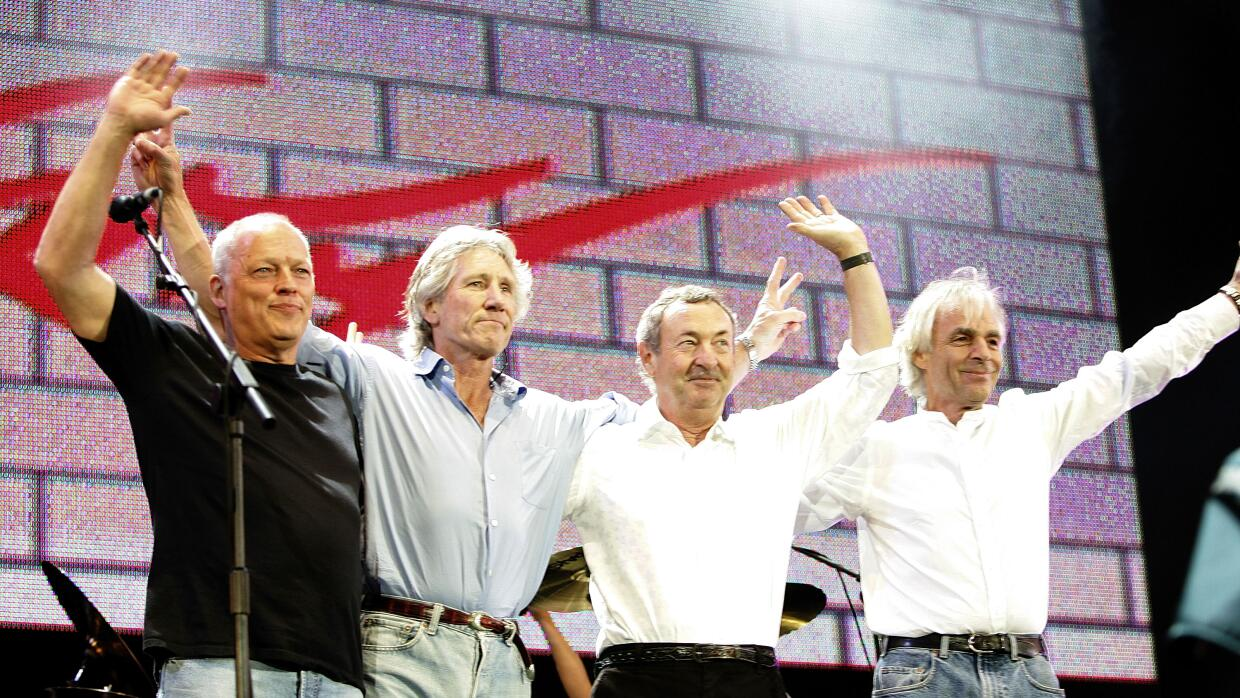 LONDON - JULY 02: (L to R) David Gilmour, Roger Waters, Nick Mason and R...