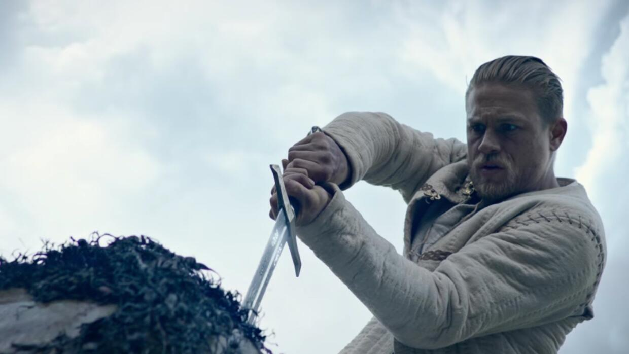 'King Arthur: Legend of the Sword' - avance subtitulado