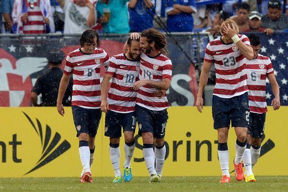 El 'Capitán América' Landon Donovan marcó el 4-1, coronando una gran act...