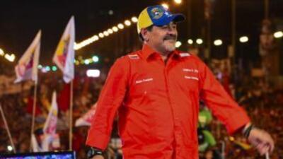 Maradona en un mitin electoral de Nicolás Maduro.