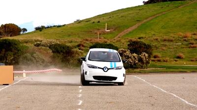 Renault Callie: el carro que aprendió a manejar con pilotos profesionales