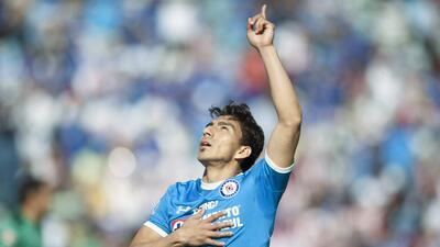 ¡Funcionó la Bruja! Cruz Azul venció 2-1 a Chivas