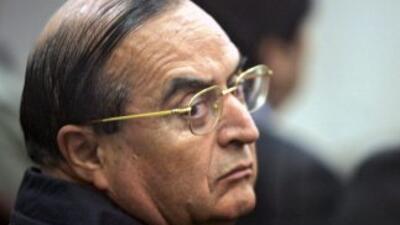 """Montesinos escribió los libros """"Alerta: Espionaje chileno"""" y """"Sin Sender..."""