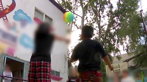 A pesar de las dificultades, estos niños luchan contra el SIDA y el rech...