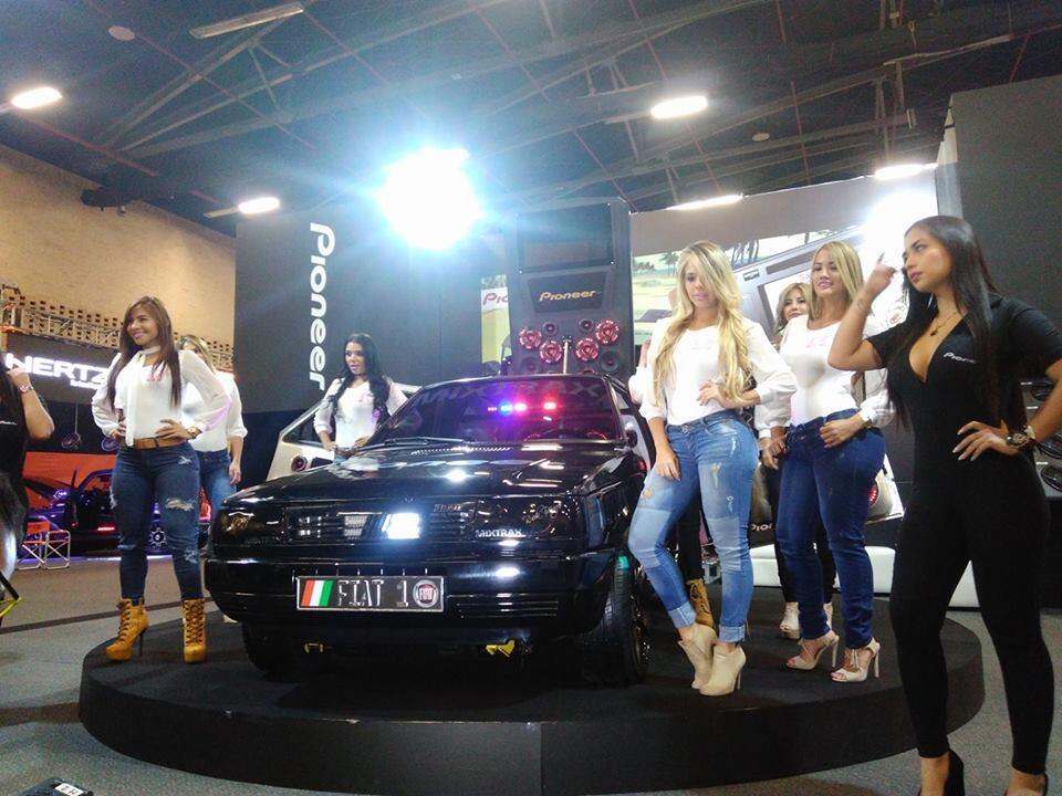 Los espectaculares cuerpos de las Chicas Car Audio en Colombia 6.jpeg