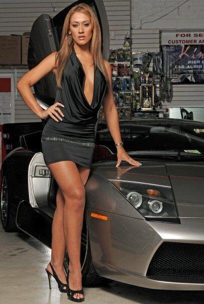Pocos son los motivos por los que un hombre dejaría de apreciar un carro...