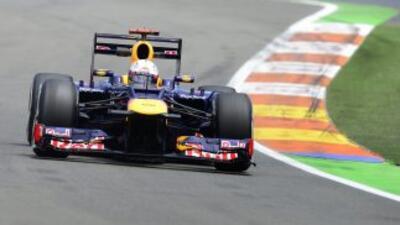 Sebastian Vettel (Red Bull) dominó la segunda sesión de entrenamientos p...