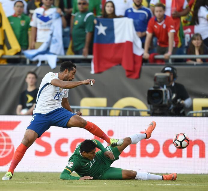 El ranking de los jugadores de Chile vs Bolivia 25-GettyImages-539298782...