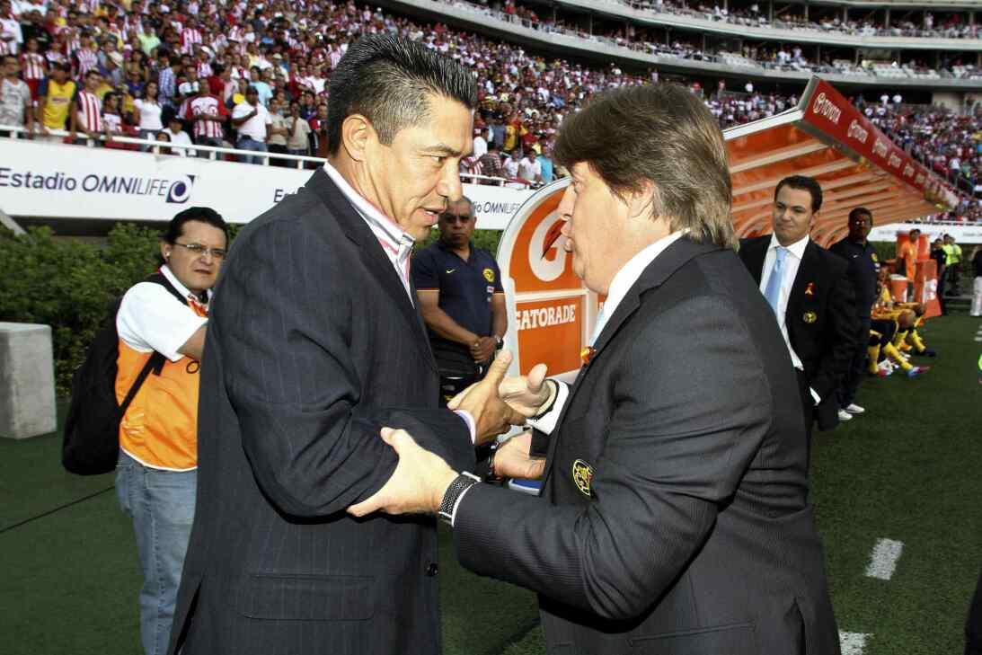 Miguel Herrera, ganador en el Clásico Nacional con América 20120408-1580...