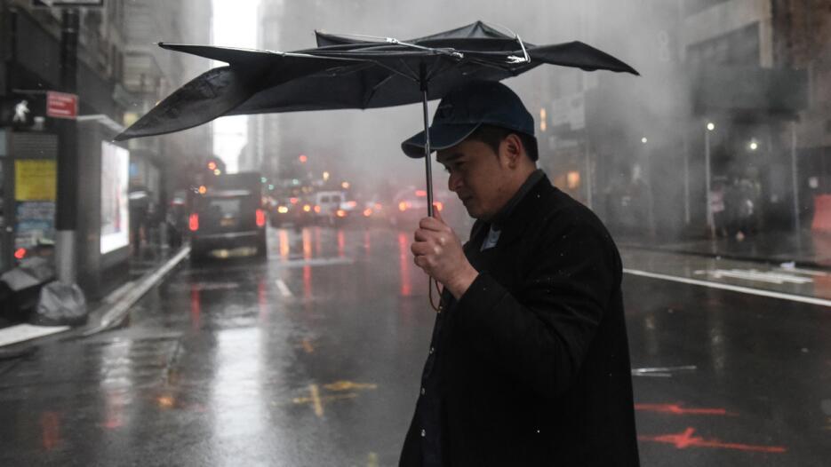 El pronóstico indica que las ráfagas de vientos se intensificarán y cont...