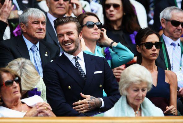 David Beckham de muy buen humor Mira aquí los videos más chismosos.