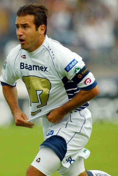 El capitán del bicampeonato del 2004, Joaquín Beltrán, se hace presente...