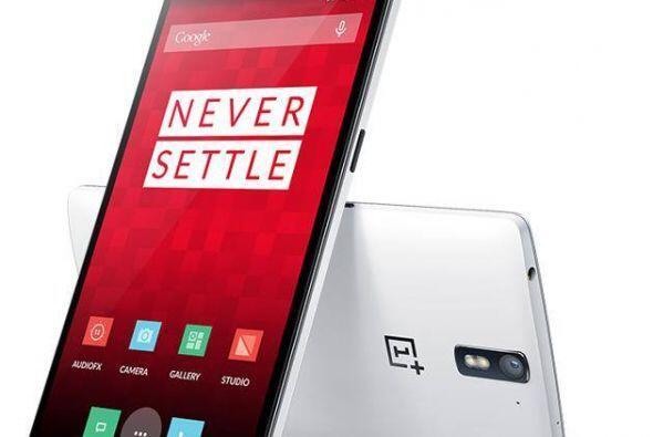 OnePlus One.Este teléfono chino con pantalla de 5.5 pulgadas cuesta cerc...