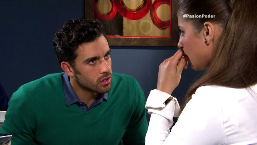 ¡David descubrió el amor entre Julia y Arturo! 0640C2D22B674789B59244116...