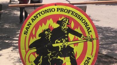 La ciudad de San Antonio enfrenta una demanda en corte federal de parte del sindicato de bomberos