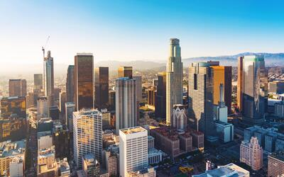 La ciudad de Los Ángeles quiere hacer el letrero de bienvenida más grand...