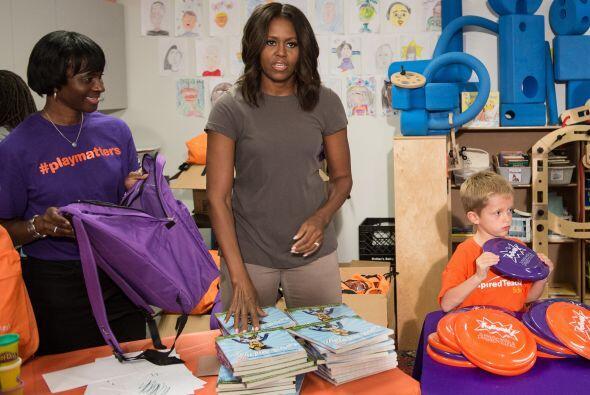El presidente Barack Obama y Michelle llegaron a la escuela para realiza...