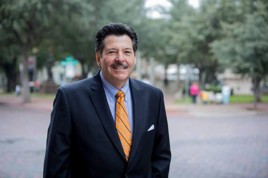 Pete Sáenz, alcalde de Laredo, Texas.