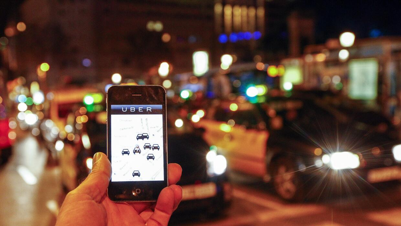Uber considera a todos los conductores como contratistas independientes.