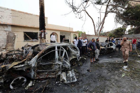 La sede de la embajada de Francia en Libia fue objeto de un atentado est...