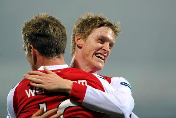 AZ Alkmaar igualó 2-2 en su duelo con el Austria Viena.