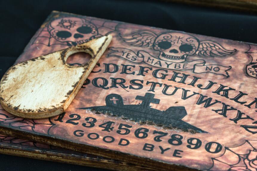 """Ouija, el """"móvil"""" para comunicarnos con el más allá  12.jpg"""