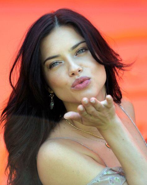 La clave para deslumbrar con unos voluminosos labios como los de Lima, e...