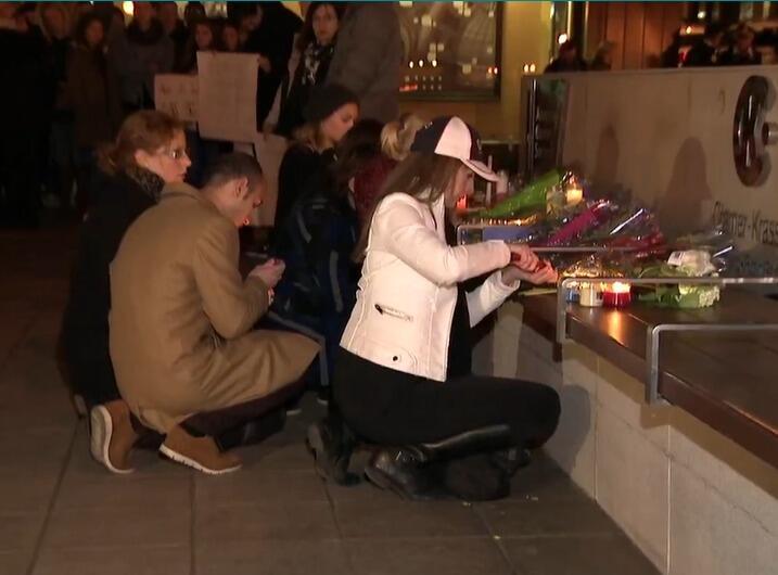 Vigilia en Chicago por víctimas del atentado en París
