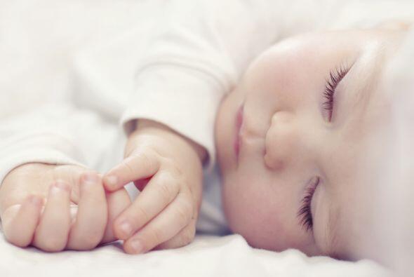 El masaje por su parte refuerza el vínculo afectivo entre mamá y bebé, a...