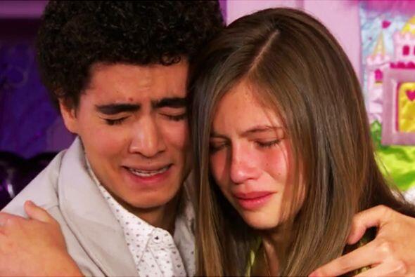Ni modo Pablo, tendrás que separarte de Alicia. ¿O tienes algún plan? Re...