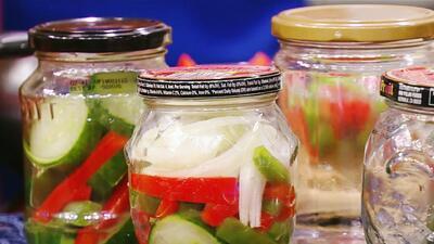 Esta es la mejor manera de hacer tus propias frutas en conserva y vegetales encurtidos
