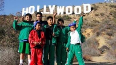 Los niños basquetbolistas de la comunidad triqui ha sido agasajados en s...