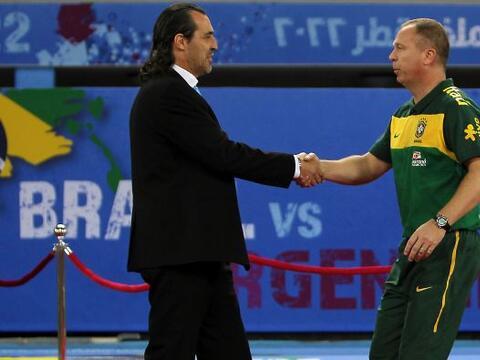 Sergio Batista y Mano Menezes son los entrenadores de las dos seleccione...