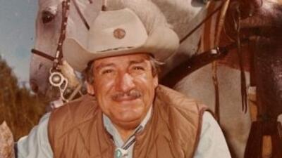 El primer hispano en convertise en Gobernador de Arizona.