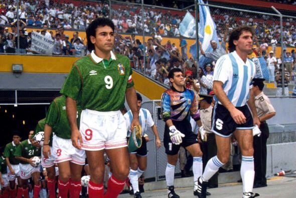 Tras derrotar a Ecuador, México llegó a la final ante Argentina donde ca...