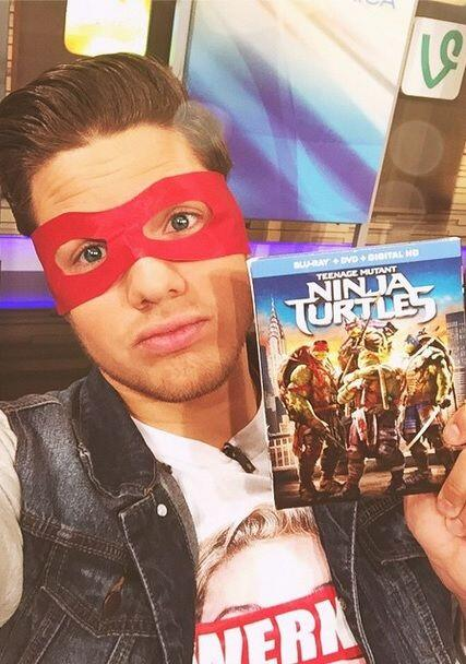 """Thank you #TeenMutantNinjaTurtles for sending me this cool masks and th..."