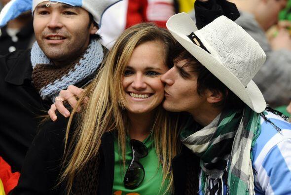 Los besos aparecieron y sellaron la amistad.