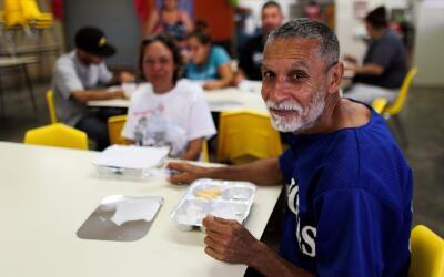 """""""Puerto Rico no se va a levantar si nosotros no nos levantamos""""."""