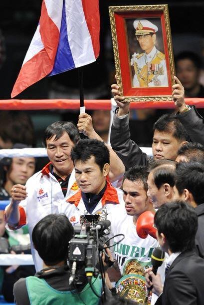 El tailandés Oleydon Sithsamerchai ganó y retuvo el cintur...