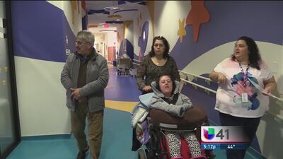 Andrea y su familia llegan a San Antonio para buscar ser parte del CRIT