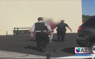 Policía captura a fugitivo cuando trataba de robarse un auto
