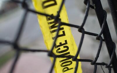 Una niña de 11 años murió electrocutada en una balsa inflable cuando est...